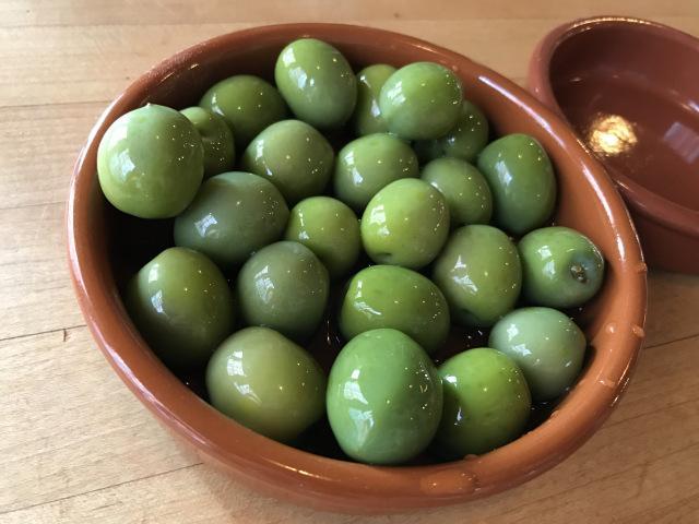 Olives verte entières et cassées Picholine